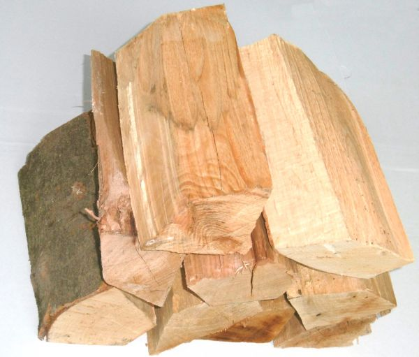 30 kg Brennholz reine Buche 0,70 €/kg Kaminholz Ofenholz Herdholz Kaminholz Feuer Kaminofen Le